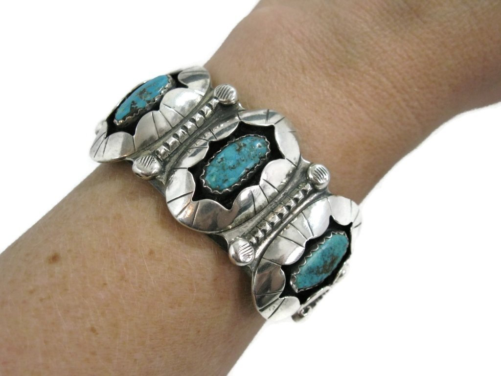 C. 1940 NAVAJO STERLING & TURQUOISE CUFF & RING - 4