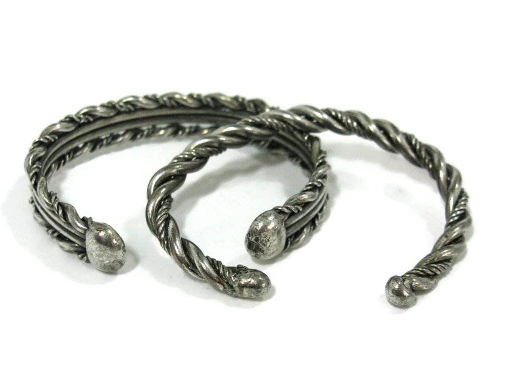 c. 1940 3 @ NAVAJO TWISTED STERLING CUFF BRACELET - 4