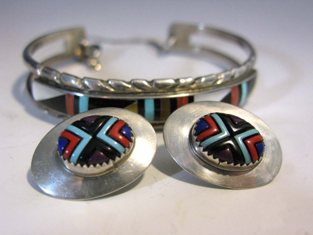 ZUNI SIGNED INLAID STERLING EARRINGS & CUFF