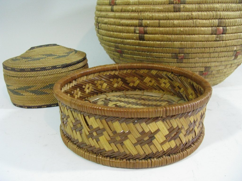 COLLECTION OF INUIT & MAKAH PEOPLES WOVEN BASKETS - 7