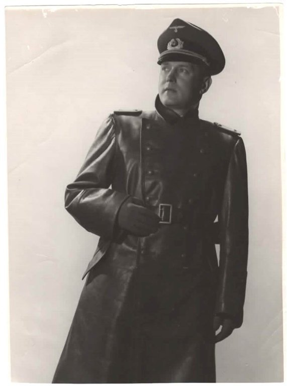HANS DIETRICH WWII MILITARY PHOTOGRAPH