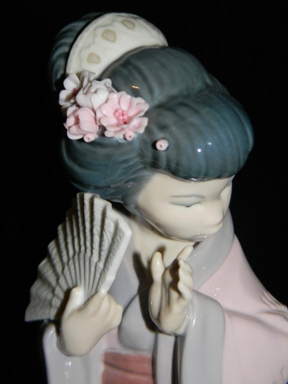 LLADRO JAPANESE GIRL 4990 LOOKING PRETTY 6688 - 3