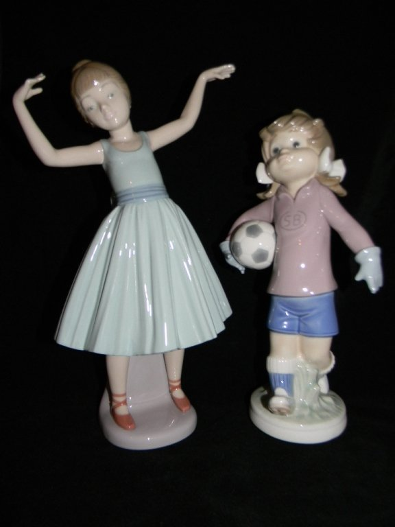 LLADRO BALLET FIRST STEP 5094 LILLY FOOTBALL 5134