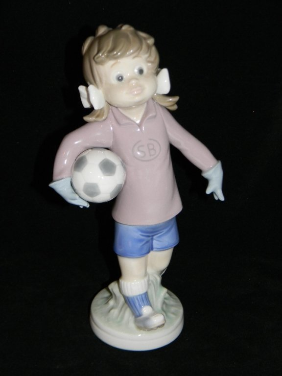 LLADRO BALLET FIRST STEP 5094 LILLY FOOTBALL 5134 - 4