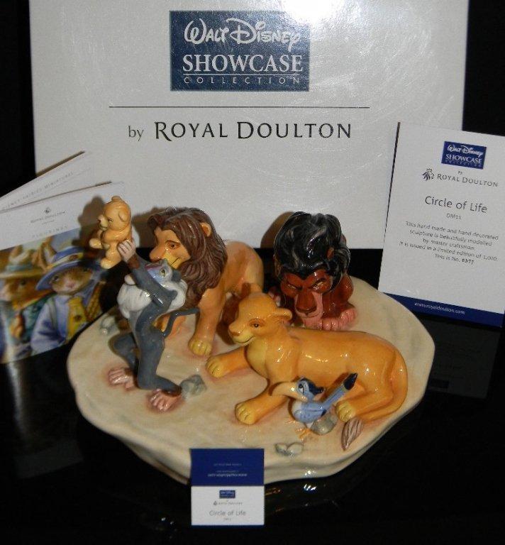 ROYAL DOULTON DISNEY LION KING CIRCLE OF LIFE DM11