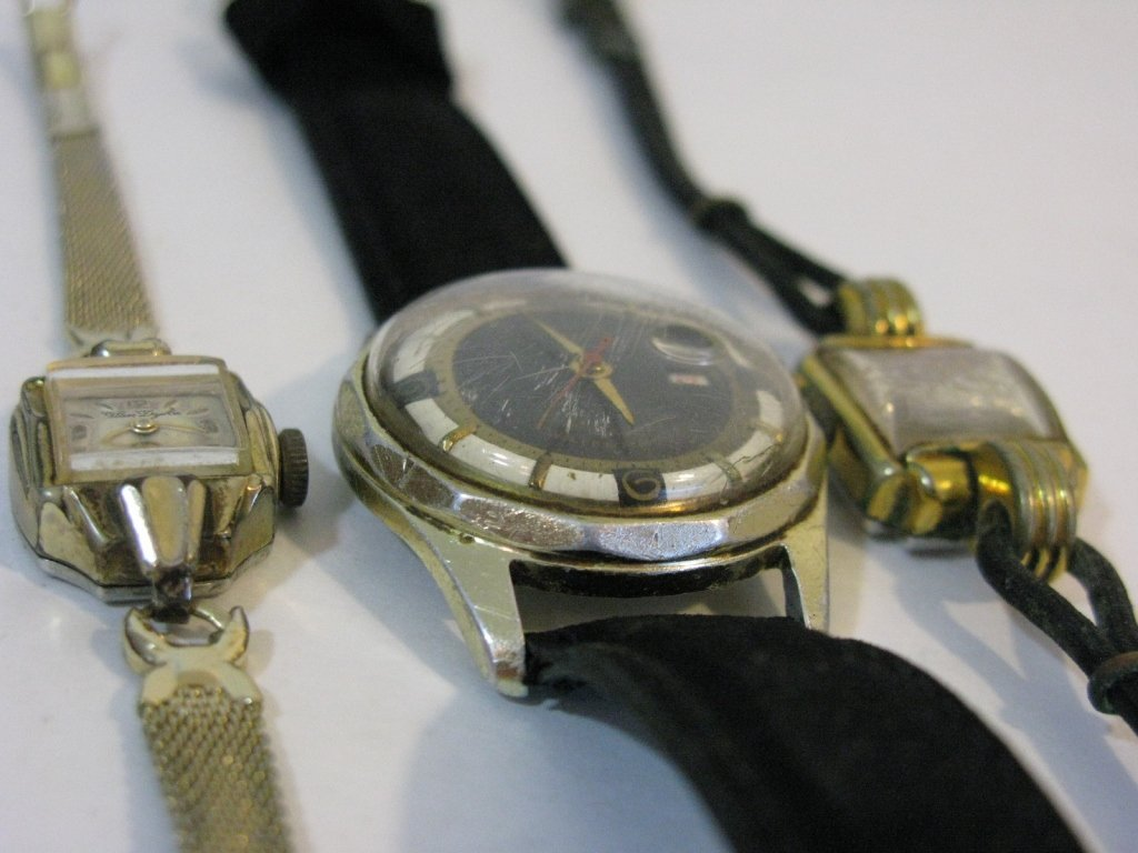 GROUP LOT OF VINTAGE GERMAN WATCHES - 3