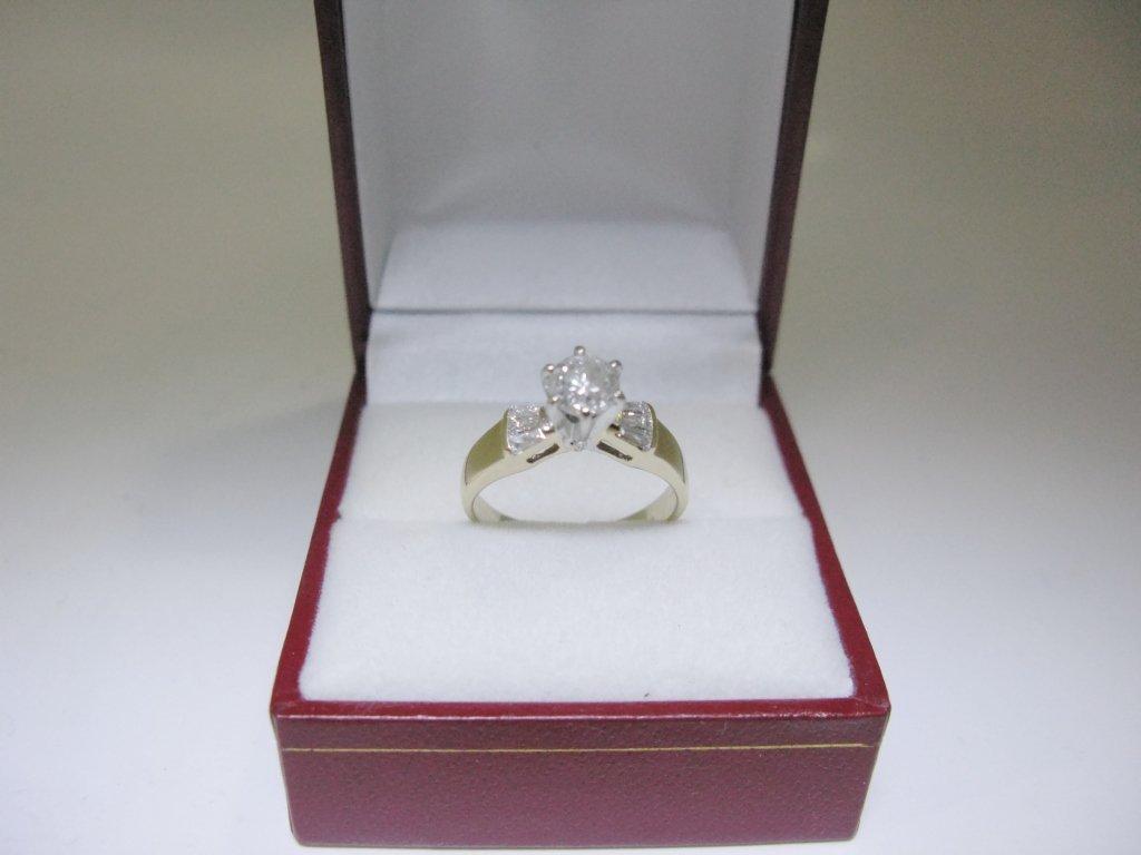 RING 14K GOLD & PLATINUM W/ DIAMOND SOLITAIRE