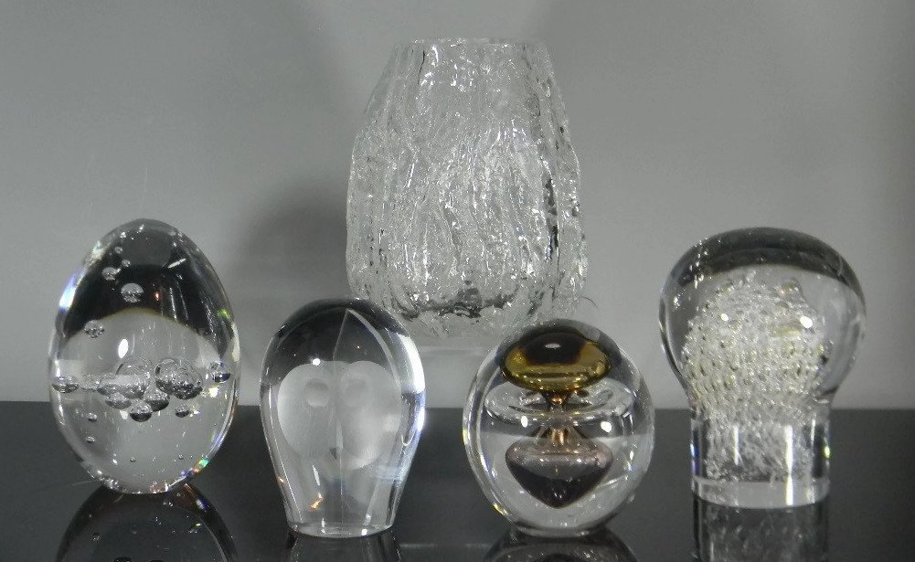 5 @ SWEDISH ART GLASS PAPERWEIGHTS KOSTA & AHUS
