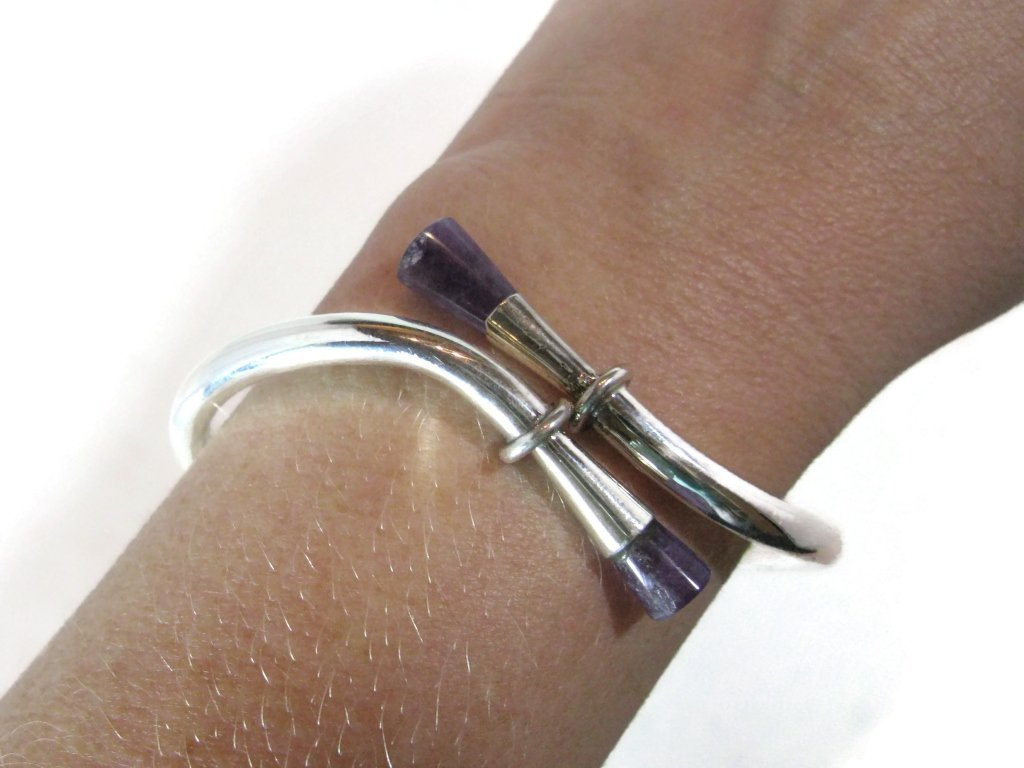 VINTAGE TAXCO MEXICO 925 STERLING AMETHYST BYPASS CUFF - 4