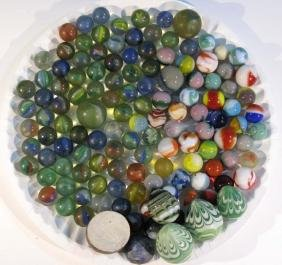 100+ VINTAGE GLASS MARBLES WITH SHOOTERS