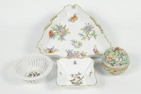 Collection Herend Porcelain Articles