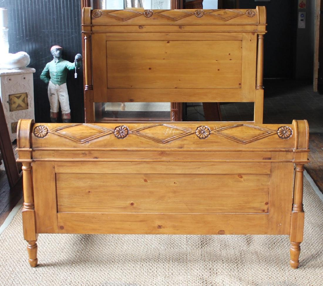 Continental Country Pine Sleigh Bed