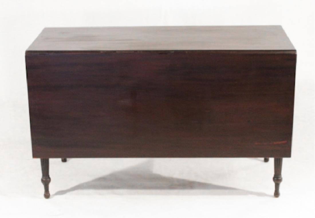 Handsome Federal Mahogany Drop Leaf Dining Table
