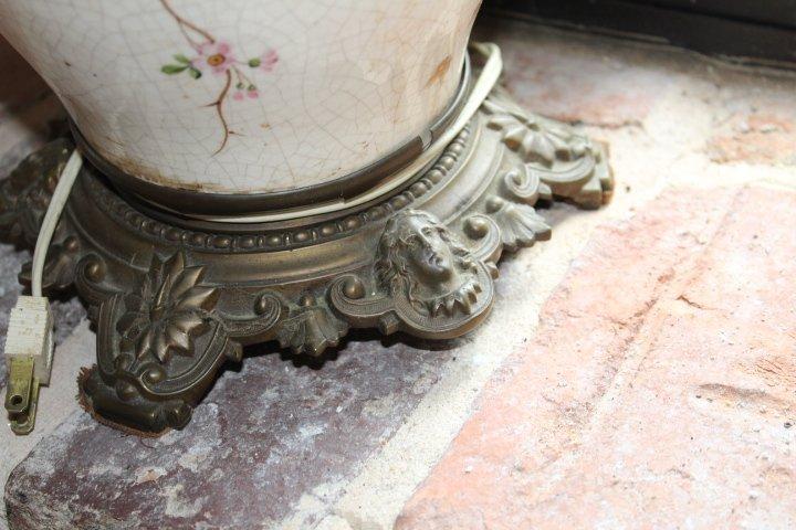 Pair British Aesthetic Movement Porcelain Lamps - 3