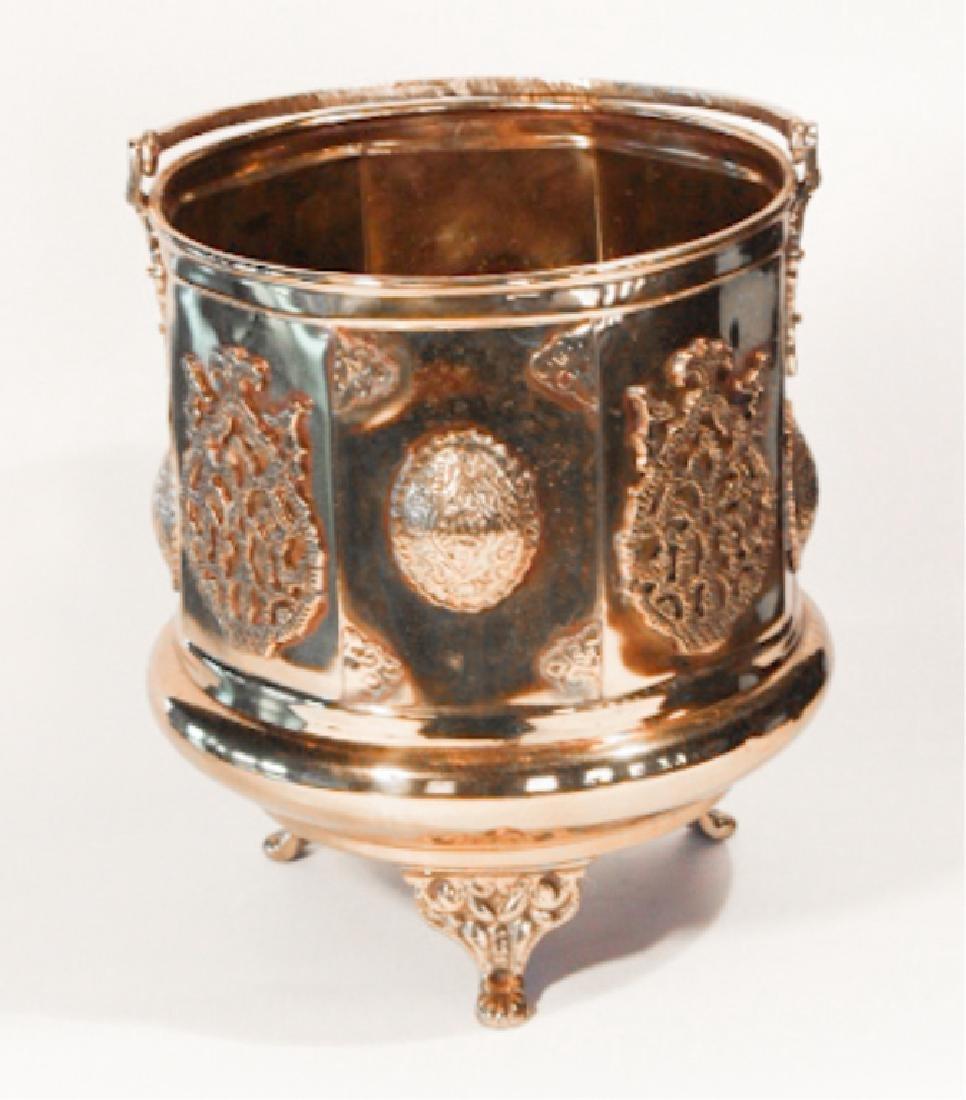 Handsome Antique British Brass Fire or Ash Bucket