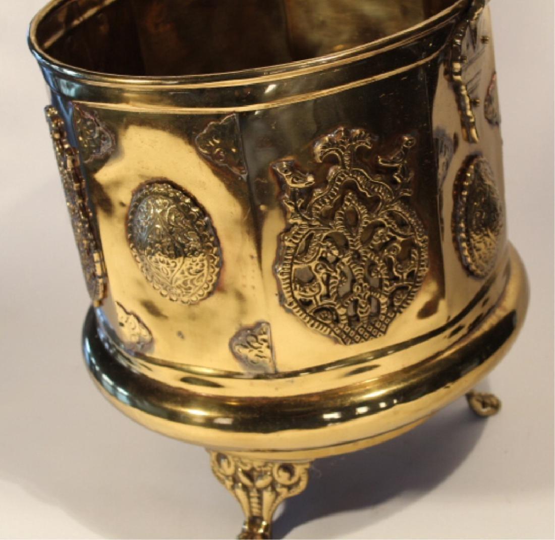 Handsome Antique British Brass Fire or Ash Bucket - 4