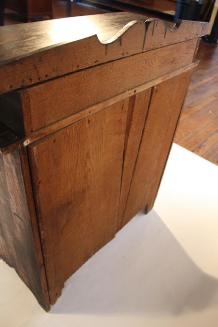 Early Southern Piedmont Chest of Drawers - 2