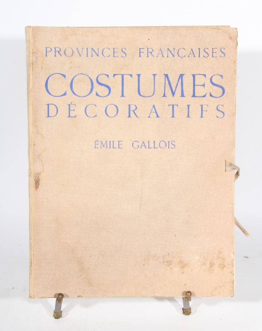 Uncommon French Fashion Book