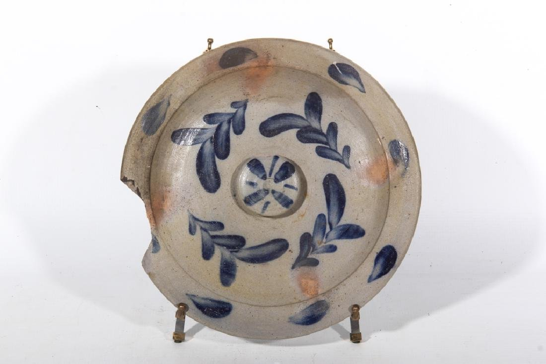Quality American Decorated Stoneware Lid