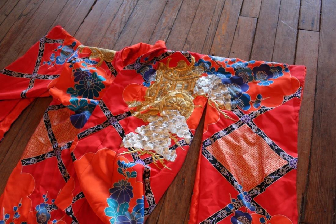 Vintage Chinese Silk & Embroidered Wedding Kimono - 4