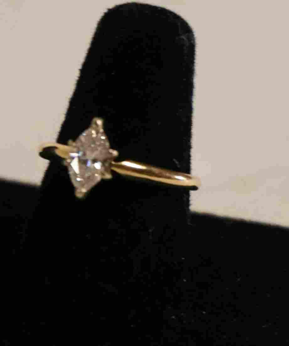 Ladies 14k Gold & .75 ctw Diamond Engagement Ring