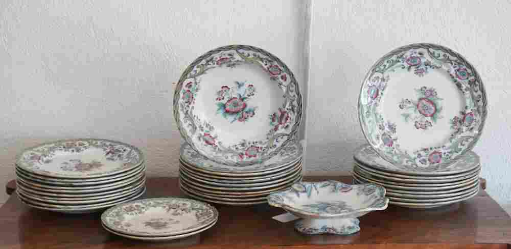 Set Antique Davenport Cable Pattern Dinnerware