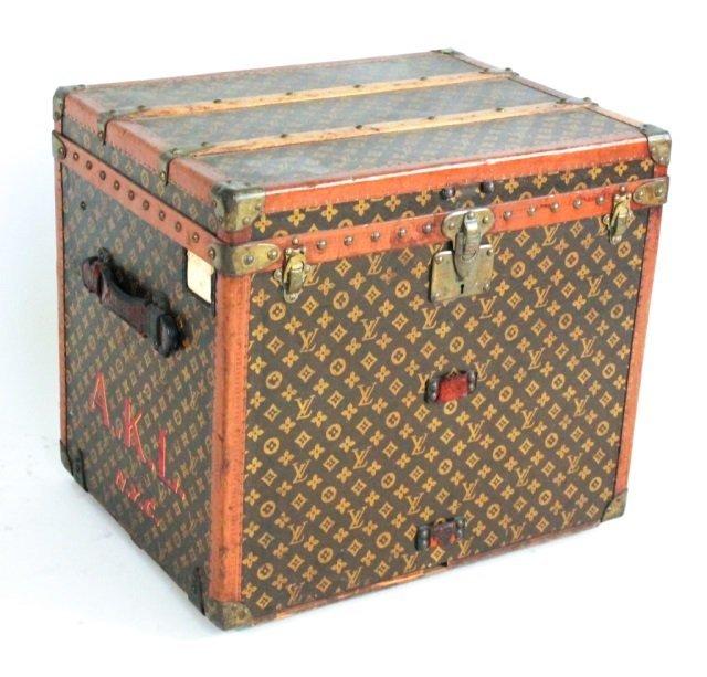 Fine vintage Louis Vuitton steamer trunk