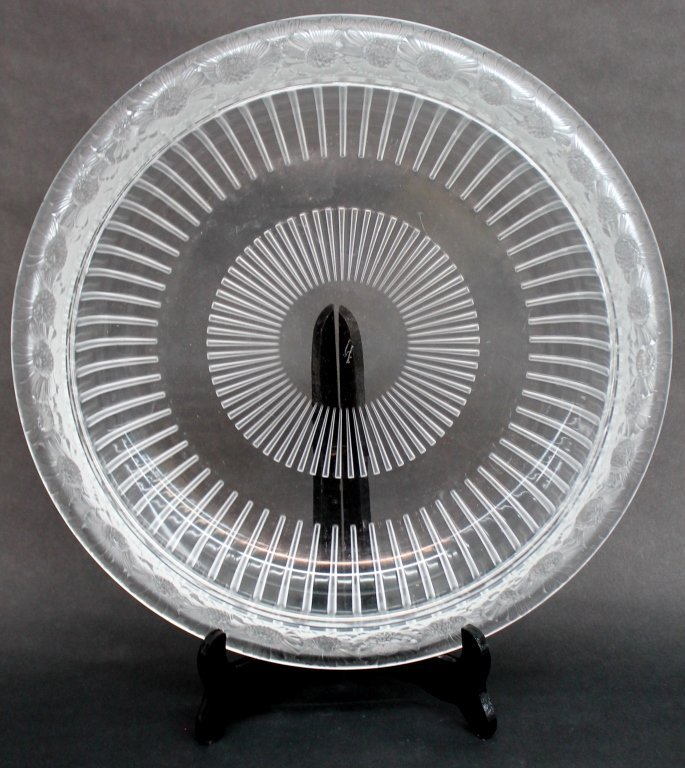"""Lalique Frosted Glass """"Marguerites"""""""