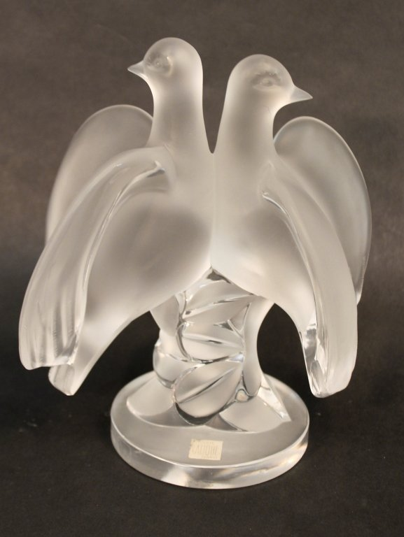 Lalique Crystal Ariane Doves Figure