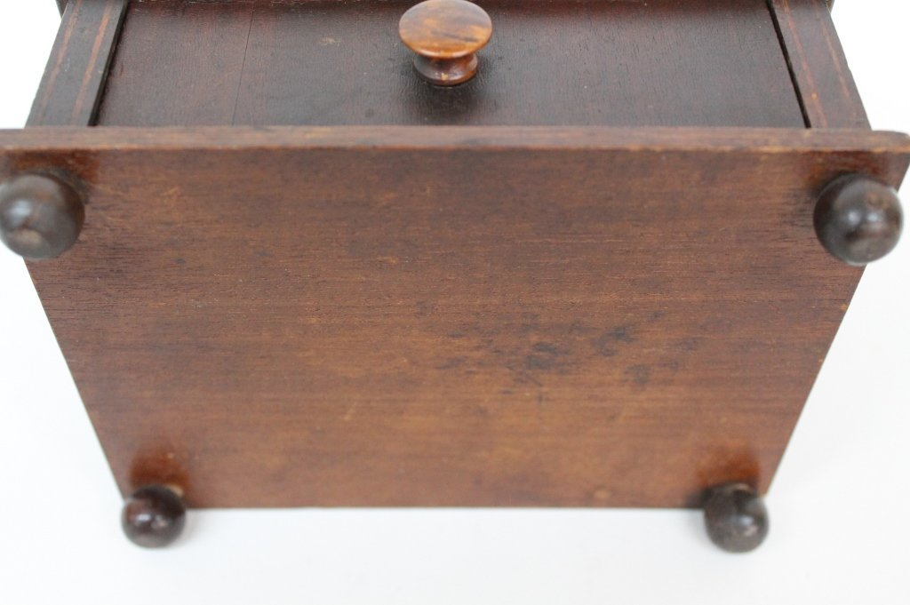 Fine Federal Inlaid Mahogany Sewing Box - 6