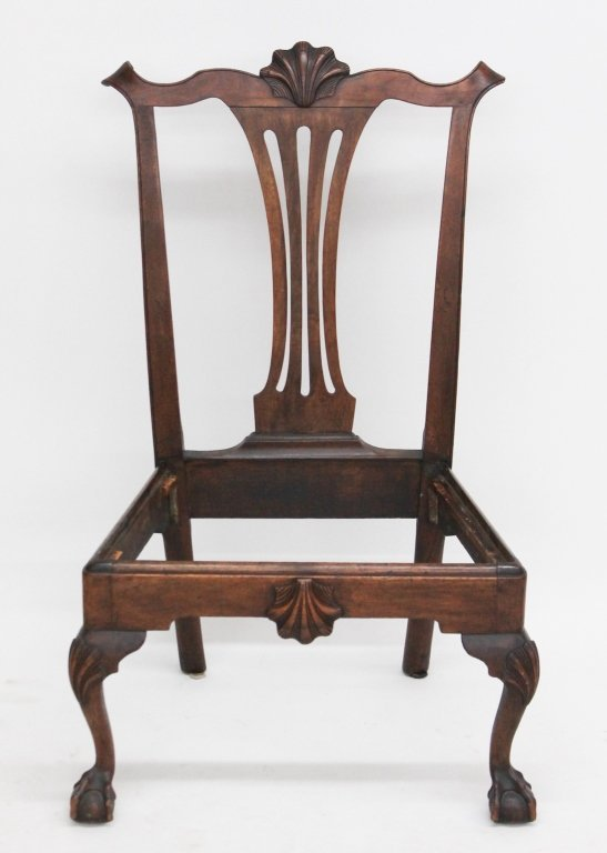 Fine American Chippendale Carved Walnut Side Chair