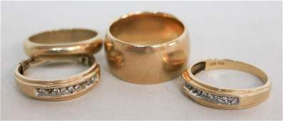 Collection of Four Gentlemen's Gold Rings