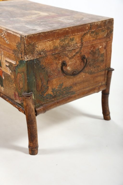 Antique Chinese Export Painted Pig Skin Trunk - 3