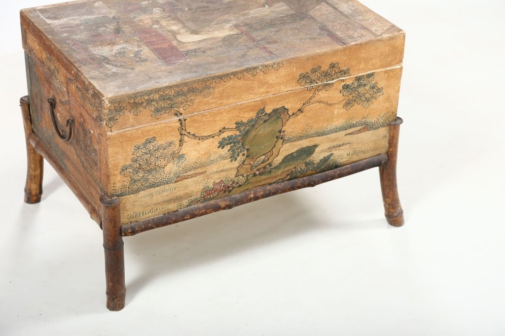 Antique Chinese Export Painted Pig Skin Trunk - 7
