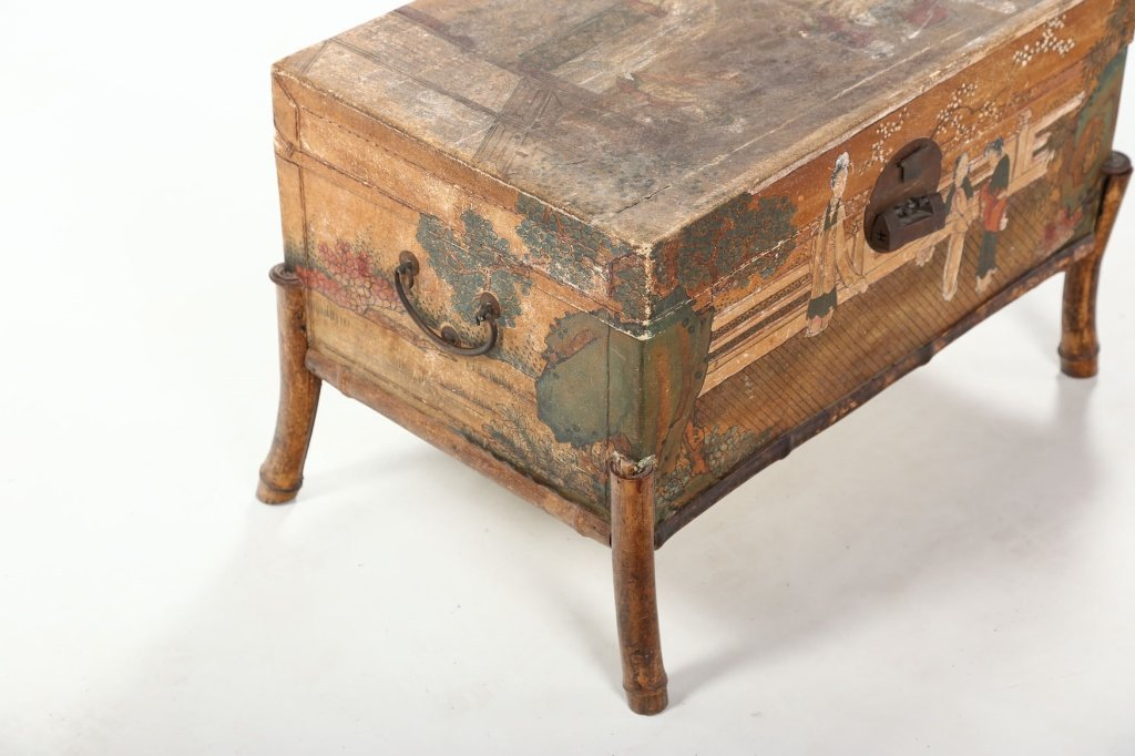 Antique Chinese Export Painted Pig Skin Trunk - 8