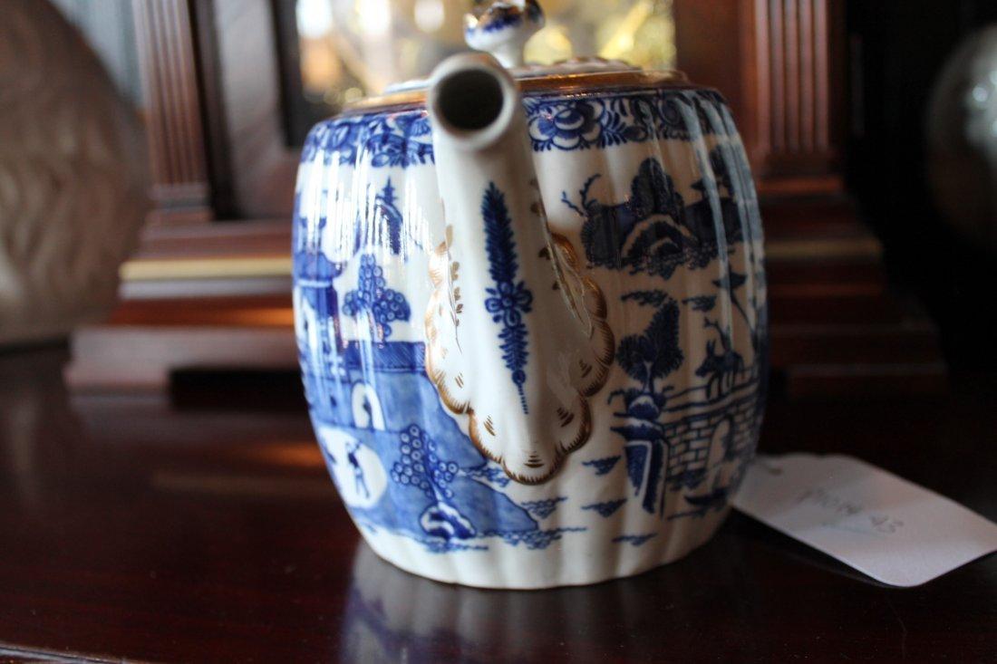 Antique Chinese Export Porcelain Teapot - 6
