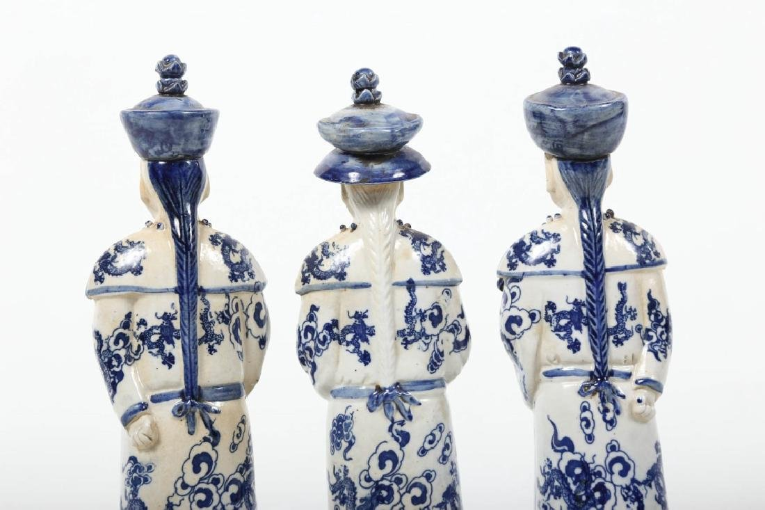 Antique Chinese Figural Porcelain Group - 4