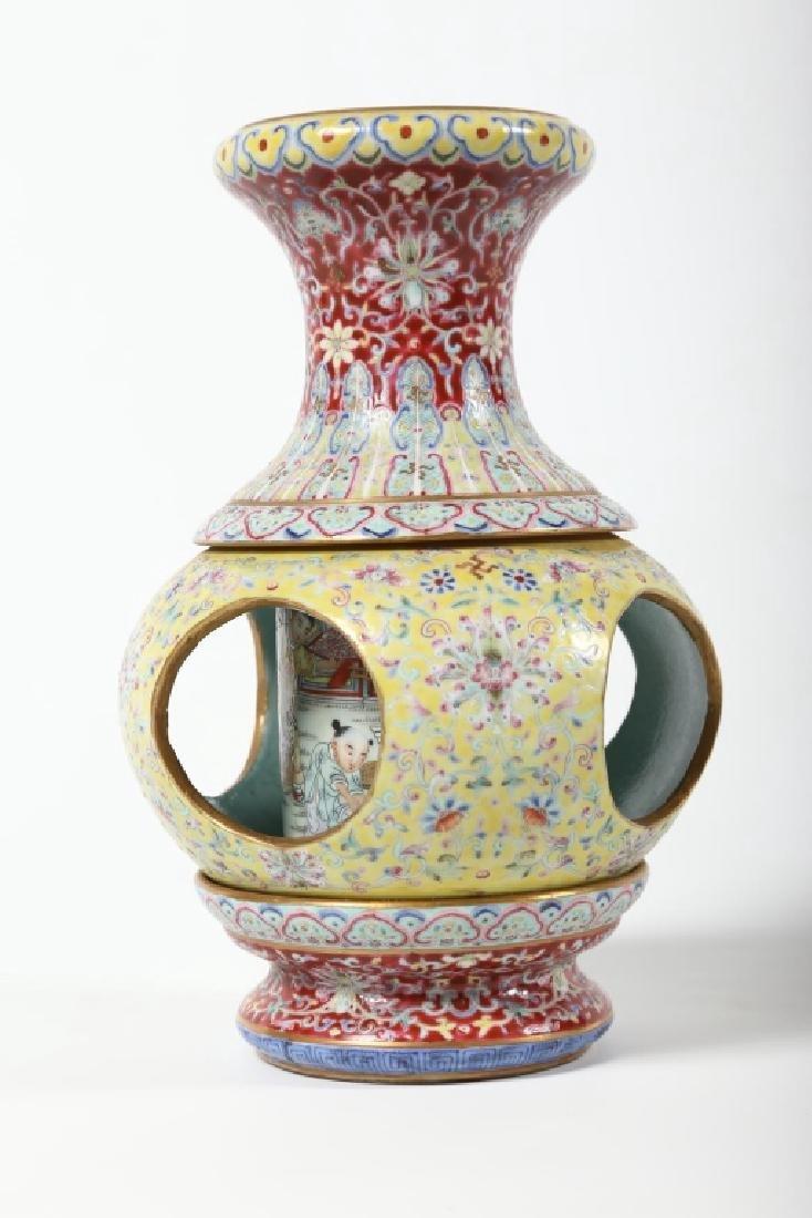 Very Fine Antique Chinese Porcelain Vase