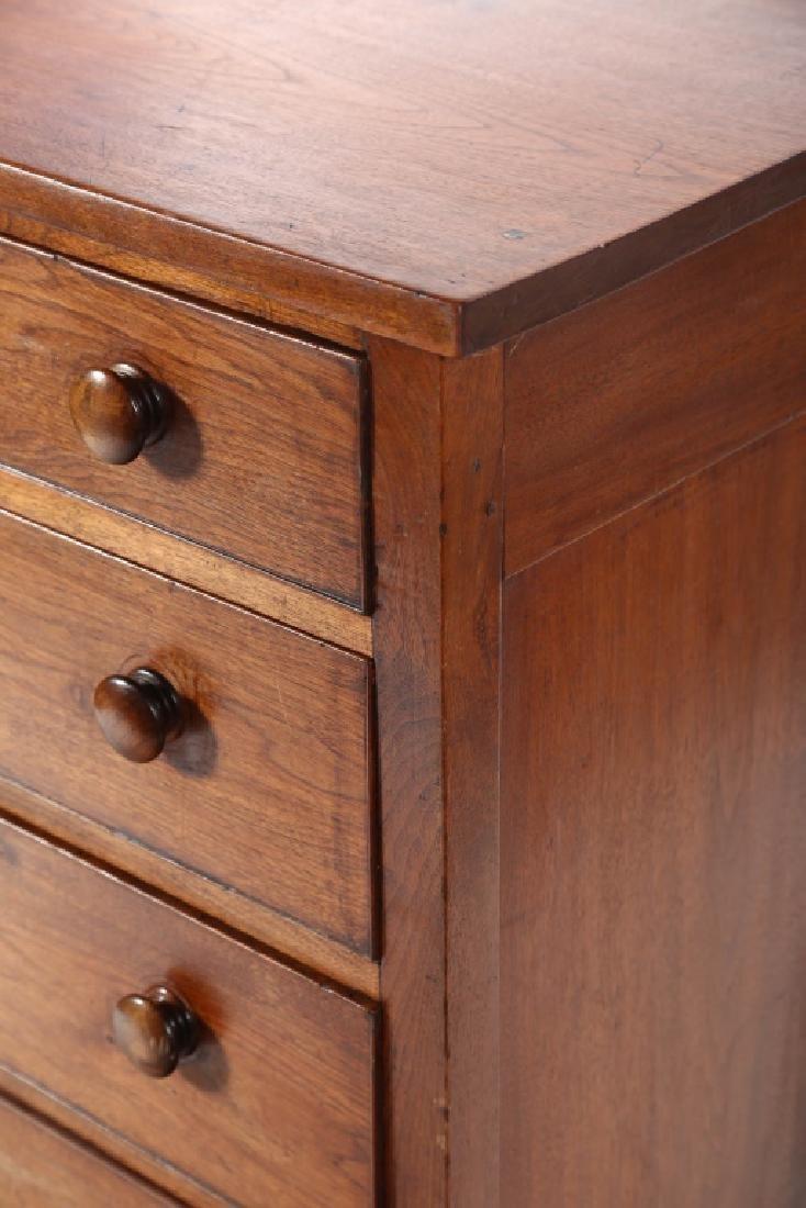 Southern Sheraton Walnut Chest of Drawers - 4
