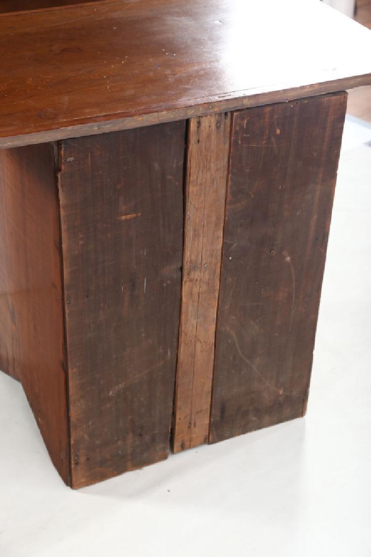 Interesting Handsome American Shaker Work Table - 2