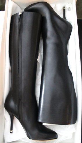 GIVENCHY BLACK BRAND NEW KNEE BOOTS...SIZE 37