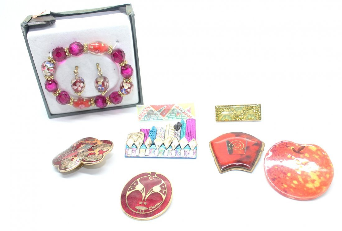 Vintage Lot of Plastic & Enamel Pins, Bracelet Set