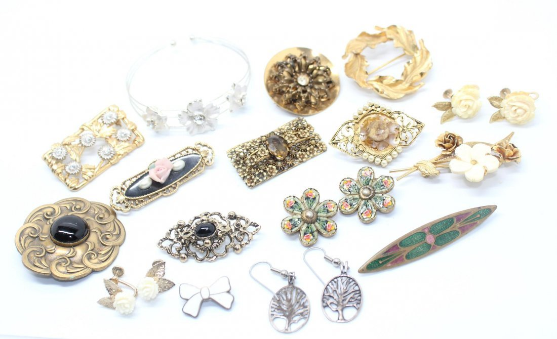 Group of Floral Themed Vintage Jewelry