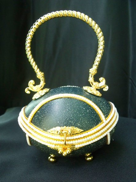 5: Handcrafted Ostrich Egg Fashion Evening Purse