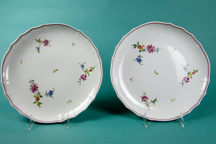 10: Pair of Meissen Floral Plates