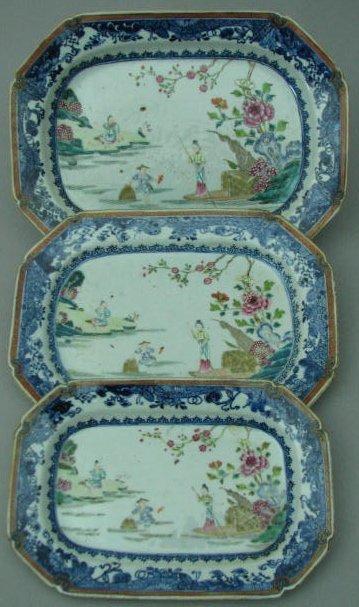 Set of Three Graduated Oriental Export Coffin-Shaped Pl