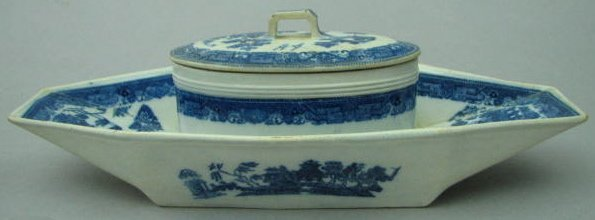 English Soft Paste Covered Gravy Stand