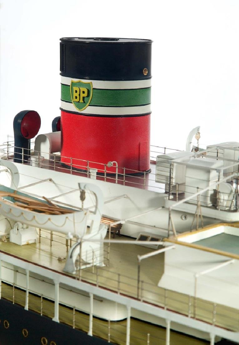 A DETAILED STATIC DISPLAY MODEL OF THE S.S. BRITISH - 3