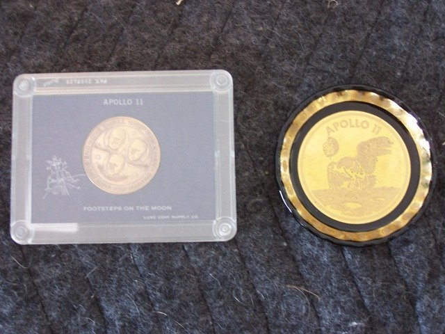4: Uncommon Apollo 11 Coin and Ashtray