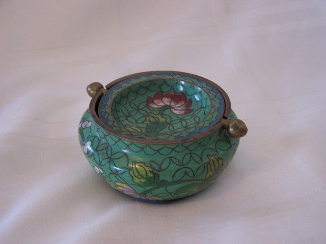 6: Vintage Chinese Brass Enamel Ashtray